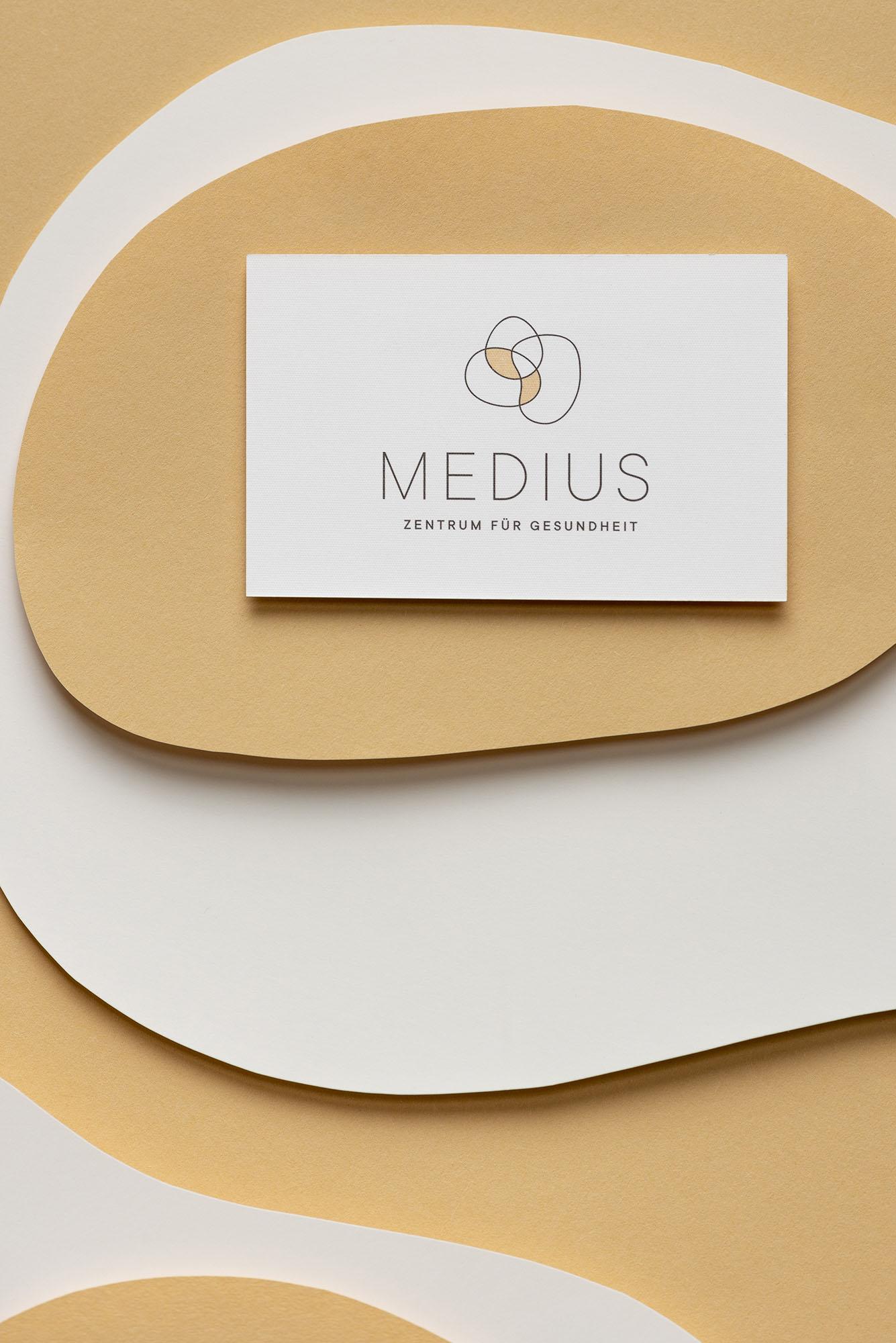 001_Portfolio-Medius14095