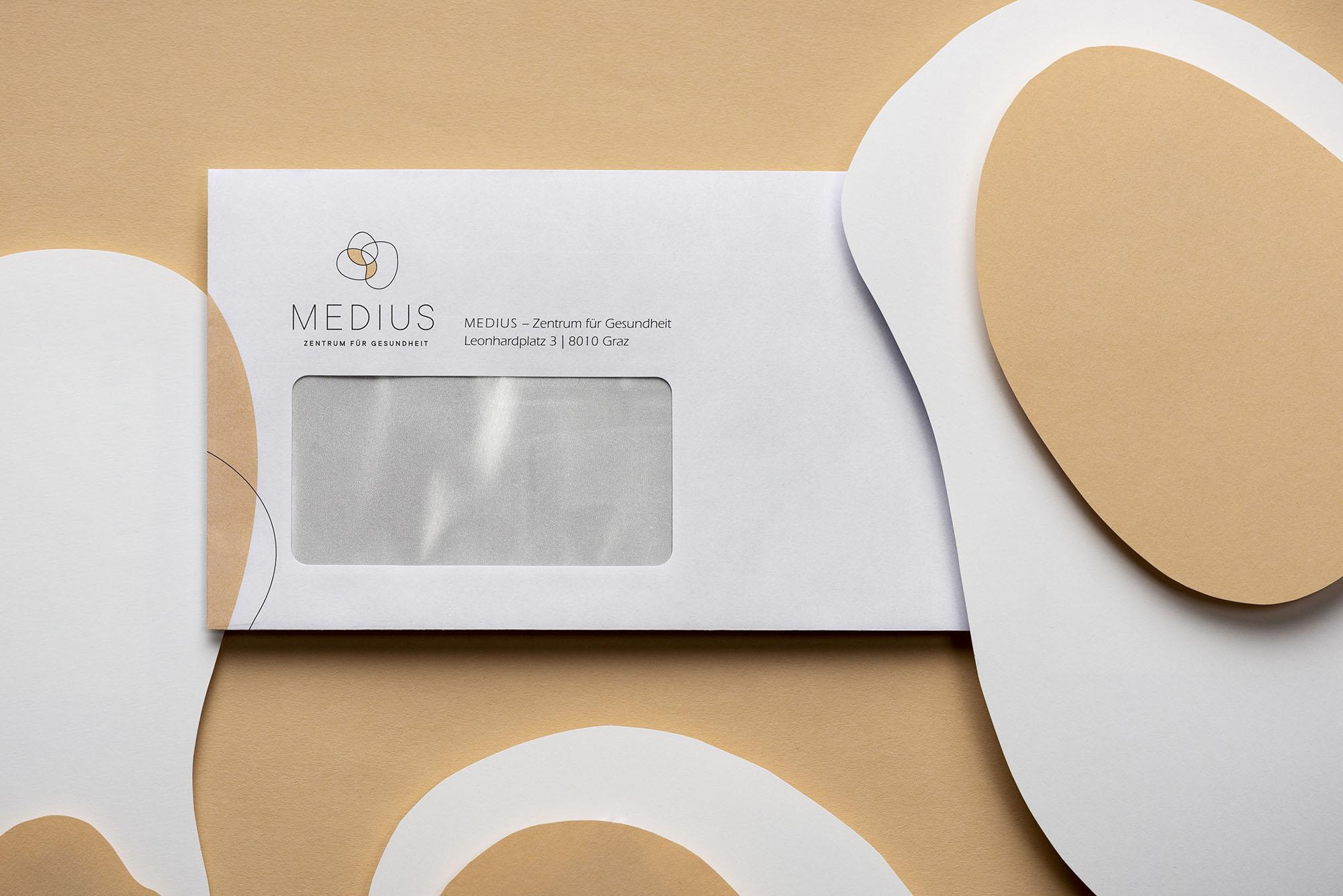005_Portfolio-Medius14128